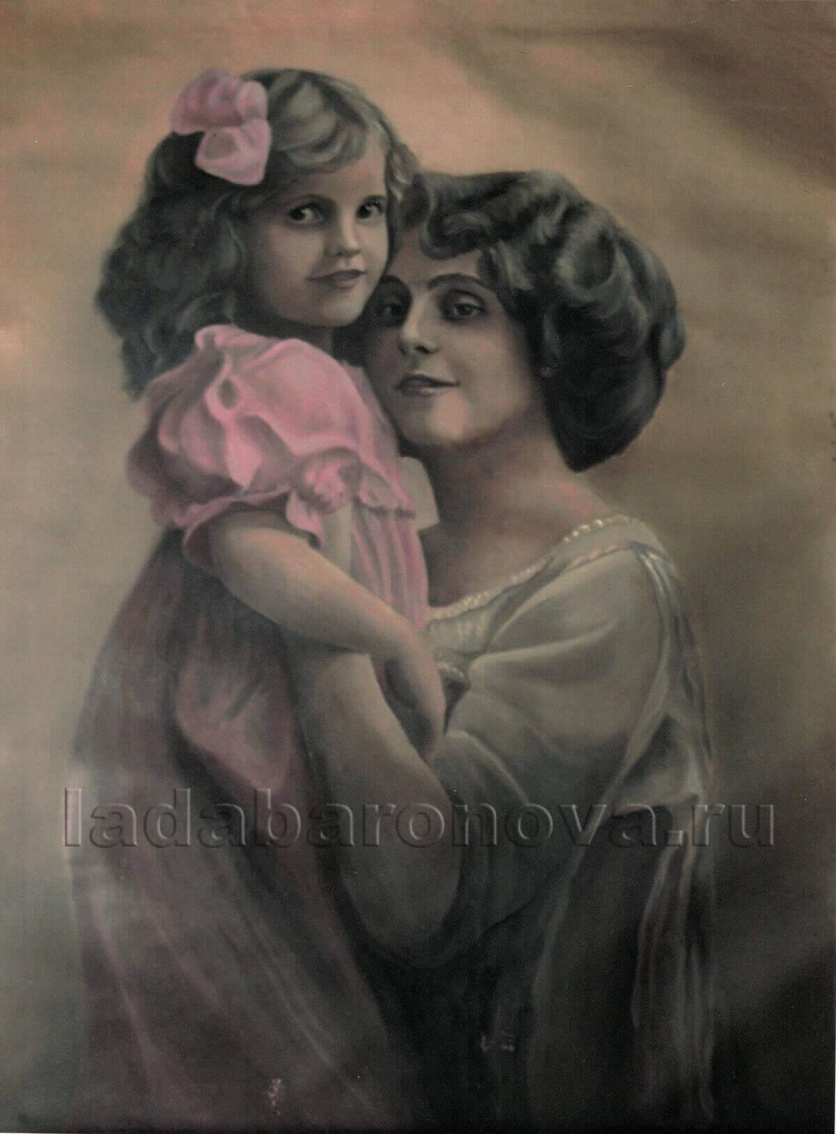 Интерьерная картина «Дама с ребенком в розовом платье»