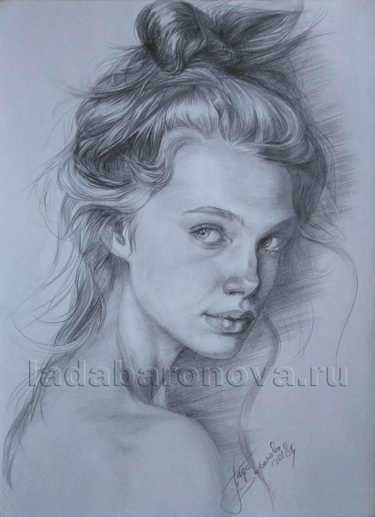 Портрет девушки «Девушка с обнаженной спиной»
